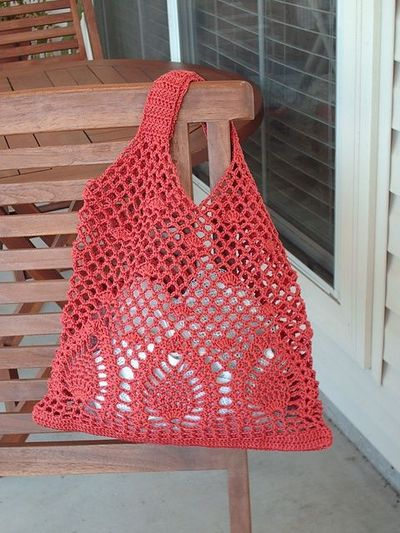 Pineapple Crochet Bag Pattern : Pineapple Bag: free crochet pattern / knits and kits - Juxtapost