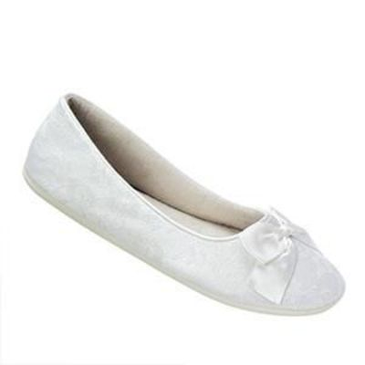 Another shoe option... these are cute but plain.