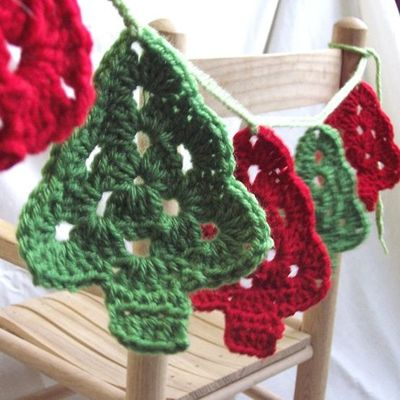 Crochet Christmas Tree Garland Christmas Xmas Ideas Juxtapost