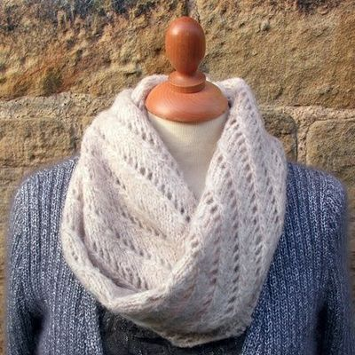 Lazy Lace Snood Free Knitting Pattern From Rowan Crochet Ideas