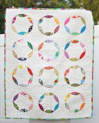 """""""Sewing Circle"""" baby quilt"""