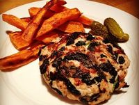 """Turkey Burgers with Spinach Recipe �€"""" The Lemon Bowl"""