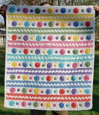 Yo Yo and Rick Rack Baby Quilt