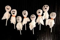 Halloween Crafts: Lollipop Ghosts