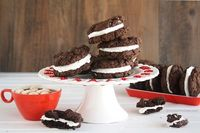 Mexican Hot Cocoa Sandwich Cookies from