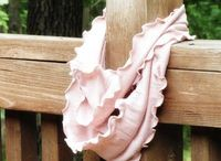 10 Easy Ruffled Scarf Tutorials