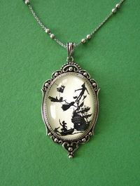 Peter Pan Necklace, Etsy.