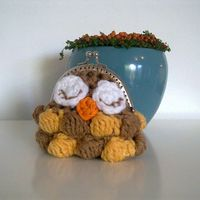 Ravelry: Owl coin purse pattern by A la Sascha