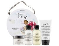 Don't neglect yourself, mama! This kit by Philosophy has some luxe skincare products. #mothersday www.thebump.com