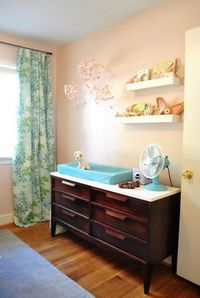 love this changing table