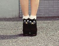 DIY cat shoes by tinytoadstool by shan shan, via Flickr