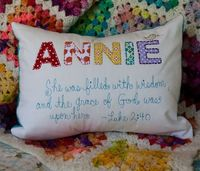 name and verse pillows. LOVE this!!!